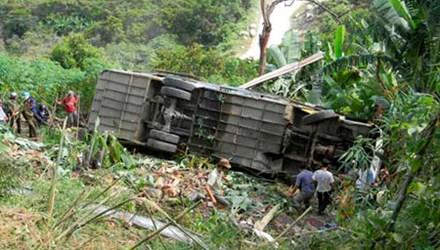 Phó Thủ tướng yêu cầu làm rõ vụ xe quân sự lao xuống vực, 5 người chết
