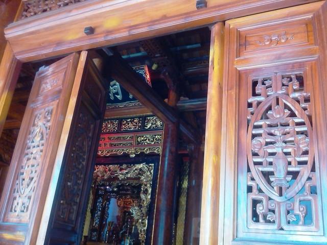 Hình ảnh Nhà gỗ bạc tỷ của các lão nông Việt số 5