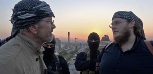 Tiết lộ rợn người của nhà báo đầu tiên thâm nhập hang ổ IS 7