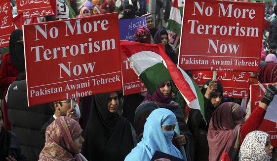Pakistan hành hình 500 phiến quân sau vụ thảm sát trường học 4