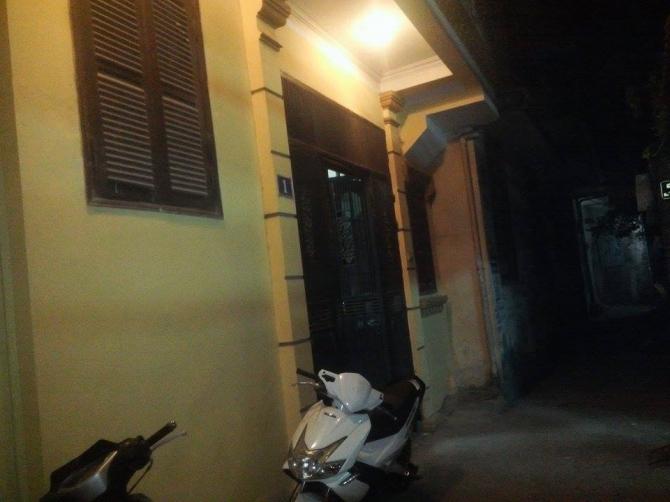 Camera nhà hàng xóm hé lộ hung thủ sát hại vợ trong đêm ở Hà Nội 5