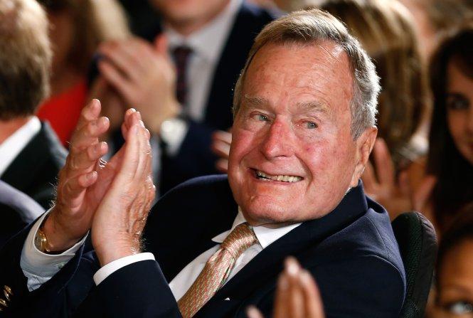 Cựu tổng thống Bush