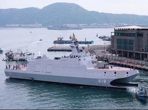 """Đài Loan hạ thủy """"sát thủ tàu sân bay"""" lớn nhất 6"""