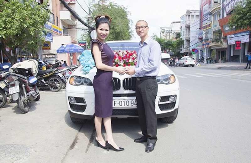 Những món quà tiền tỷ tặng nhau của đại gia Việt 6
