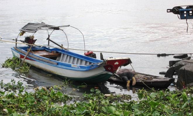 Người đàn ông tử vong bất thường cạnh bộ chích điện trên sông Sài Gòn 4