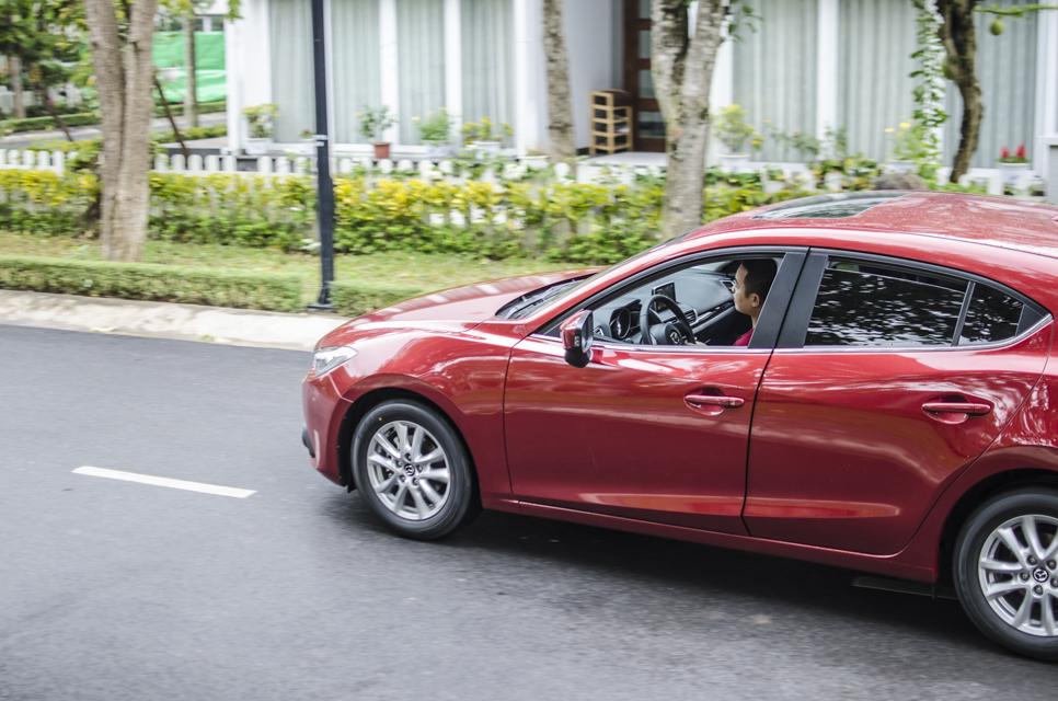 Hình ảnh Đánh giá Mazda 3 2015 Hatchback số 14