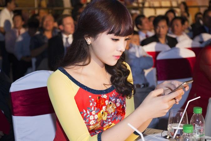 Hoa hậu Kỳ Duyên bất ngờ thay đổi diện mạo 7