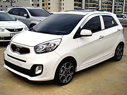Những chiếc xe đắt khách nhất Việt Nam năm 2014 11