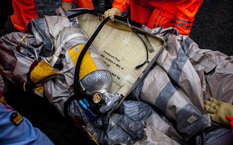 Hé lộ nguyên nhân chuyến bay QZ8501 bị rơi 5