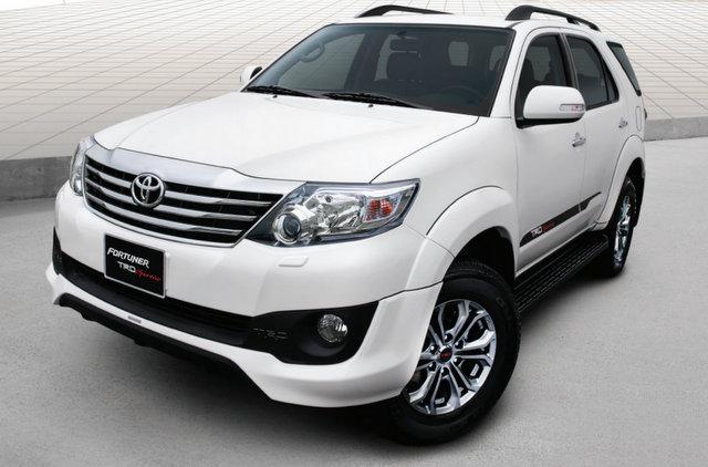 Những chiếc xe đắt khách nhất Việt Nam năm 2014 6