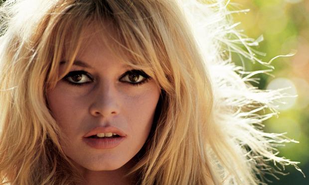 Cận cảnh nhan sắc 10 phụ nữ đẹp nhất mọi thời đại 7