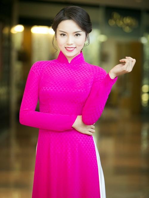 Hoa hậu Kỳ Duyên đẹp khác lạ nhờ 'dao khéo' hay photoshop? 18