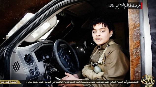 Lan truyền bức ảnh gây sốc về kẻ đánh bom liều chết trẻ nhất IS 5