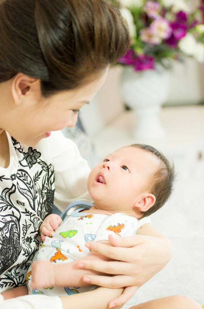 Cuộc sống viên mãn của những gia đình BTV, MC truyền hình Việt 12