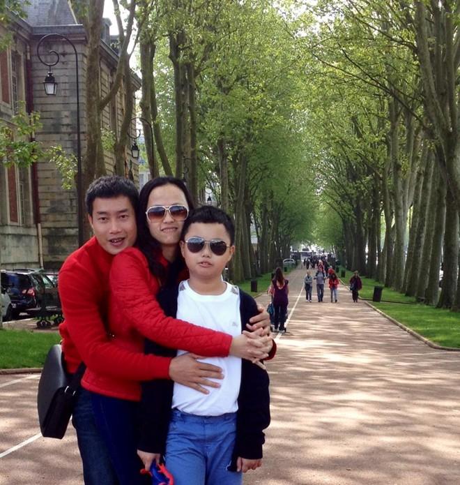 Cuộc sống viên mãn của những gia đình BTV, MC truyền hình Việt 9