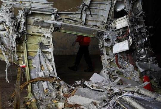 QZ8501 đã bị khựng lại trên không trước khi rơi 6