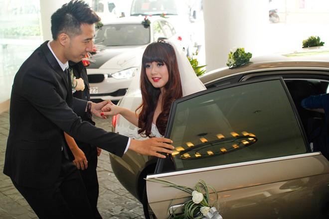 Only C cưới vợ hot girl trước giờ lên sóng trực tiếp The Remix 4