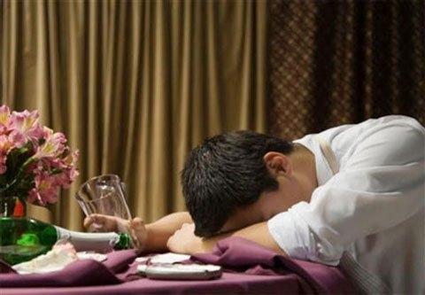 Hình ảnh Ăn nhậu tất niên: Cẩn thận gặp họa vì bia rượu số 1