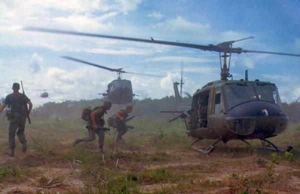 Trực thăng UH1 vừa rơi từng được sửa chữa năm 2005 8