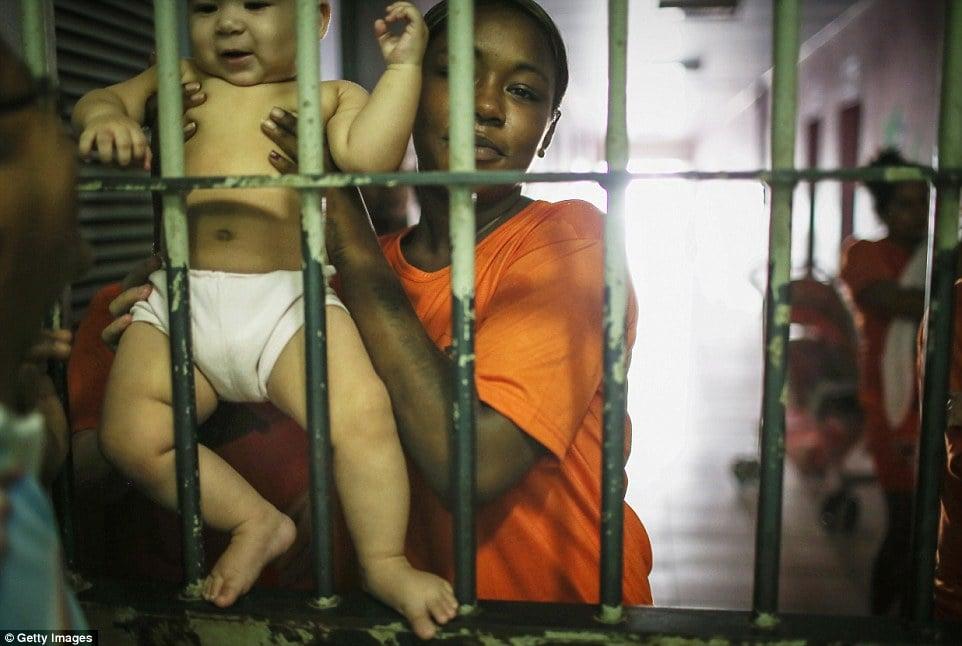 Cận cảnh cuộc sống bên trong nhà tù khét tiếng, nguy hiểm nhất Brazil 16