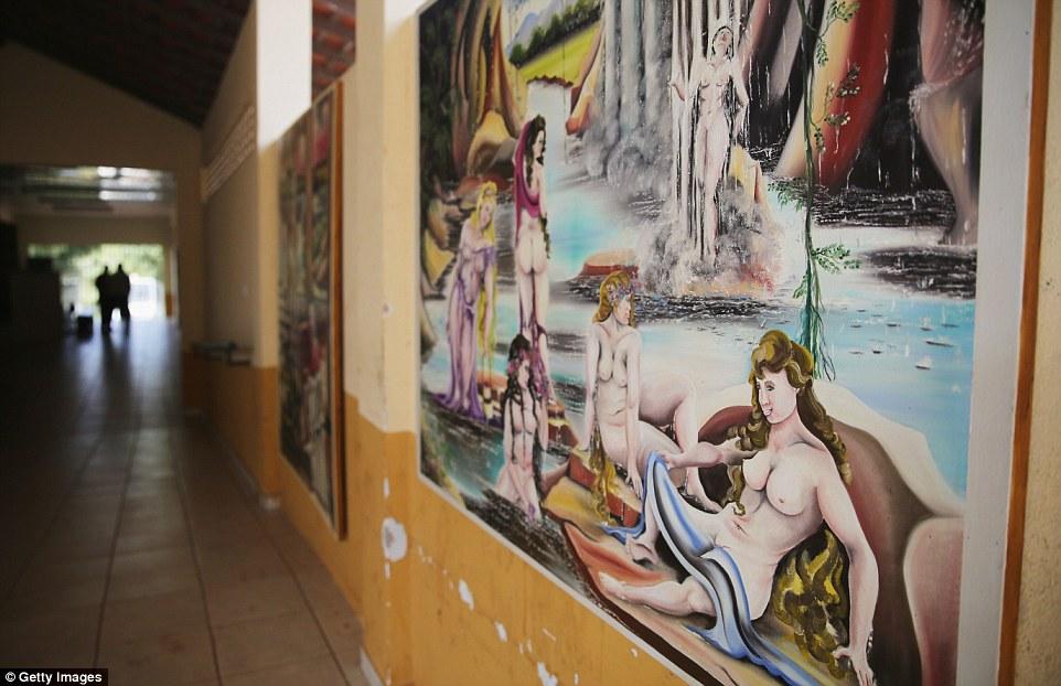 Cận cảnh cuộc sống bên trong nhà tù khét tiếng, nguy hiểm nhất Brazil 13