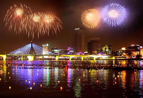 Đà Nẵng đã sẵn sàng cho đêm thi trình diễn pháo hoa quốc tế trên sông Hàn