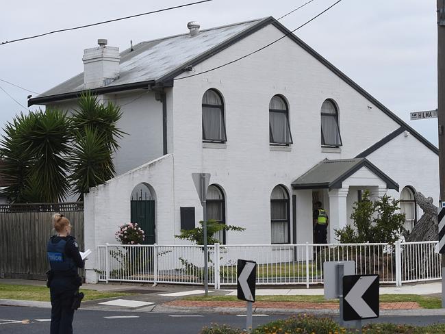 Một người gốc Việt ở Australia bị bắn chết ngay trước mặt vợ 6
