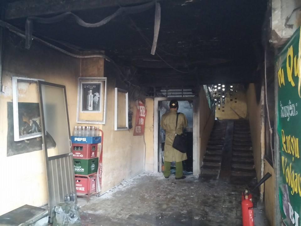 Cháy tập thể Thành Công, người phụ nữ mang bầu vừa chạy vừa kêu cứu 4