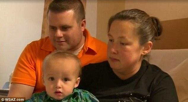 Một phụ nữ lên cơn đau đẻ mới biết mình có thai 6