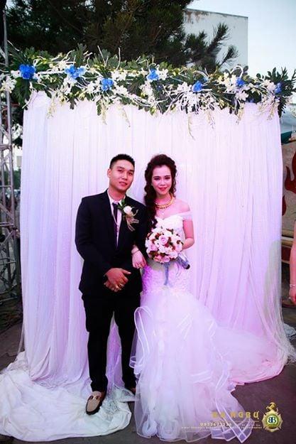 Đám cưới đại gia Đồng Nai sính lễ 10 sổ đỏ, nhà 5 tỷ và siêu xe 13