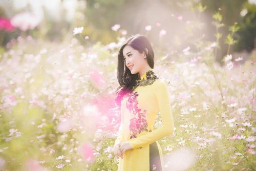 Á hậu Huyền My tươi như hoa giữa ngàn sắc xuân 7