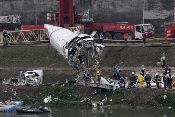 Máy bay Đài Loan bị hỏng cả hai động cơ trước khi rơi 6