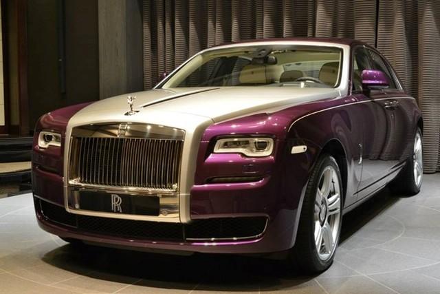 Rolls-Royce Ghost màu tím tuyệt đẹp của đại gia dầu mỏ 1
