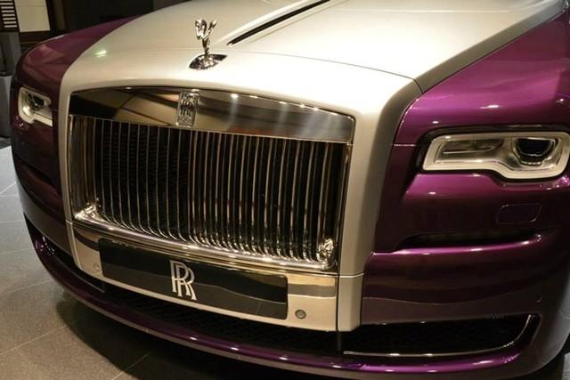 Rolls-Royce Ghost màu tím tuyệt đẹp của đại gia dầu mỏ 2