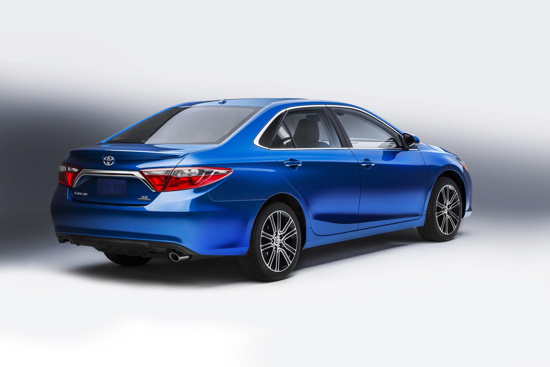 Toyota trình làng bộ đôi Camry và Altis mới 10