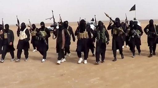 IS tiếp tục hành quyết 13 thành viên vì bại trận 5