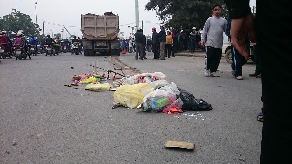 Người phụ nữ bị xe tải kéo lê 10m, tử vong tại chỗ 5