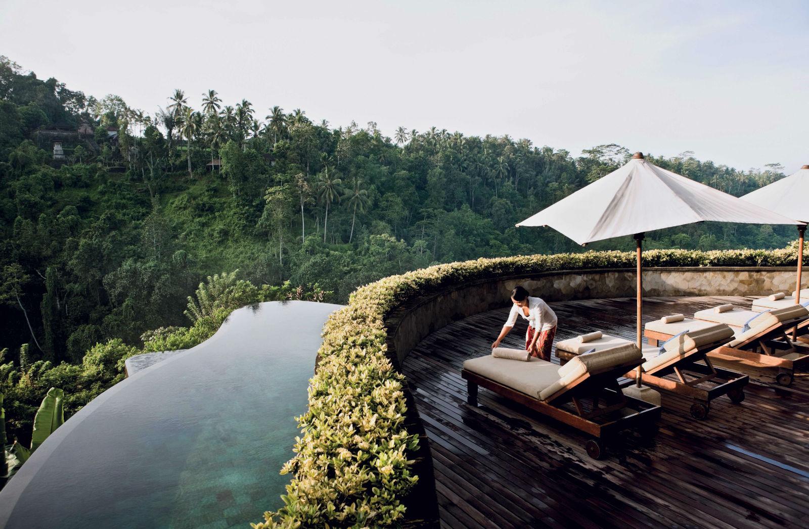 Ngỡ ngàng bể bơi đẹp nhất thế giới tuyệt đẹp giữa núi rừng Bali 9