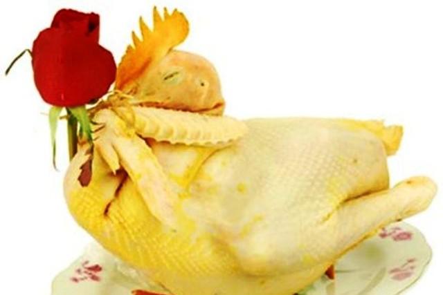 Gà cúng giao thừa: Cách chọn gà trống choai và bày gà cúng 5