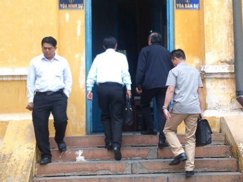 Những hình ảnh cuối cùng của ông Nguyễn Bá Thanh trên báo chí 12