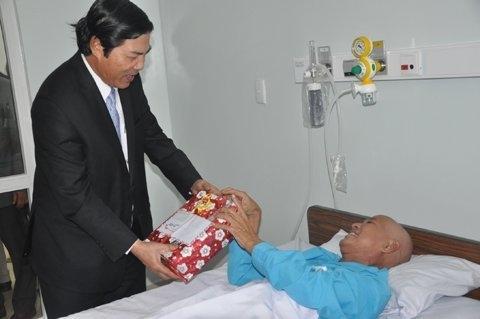 Những bức ảnh ấn tượng về ông Nguyễn Bá Thanh 8