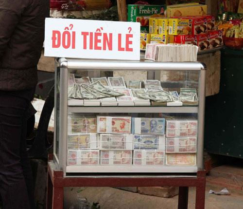 Hình ảnh Những lệnh cấm mới mùa lễ hội Tết Nguyên đán 2015 số 2