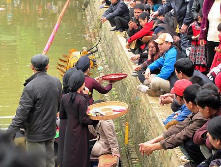 Hình ảnh Những lệnh cấm mới mùa lễ hội Tết Nguyên đán 2015 số 3