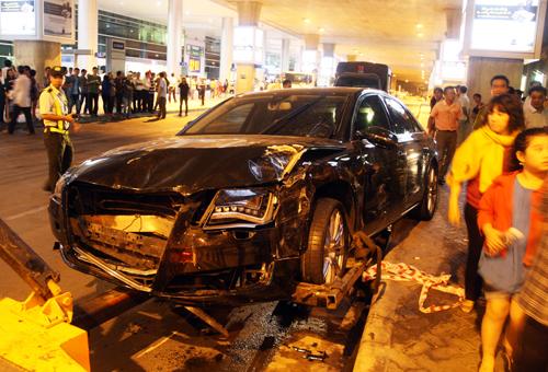 Xe Audi đón Hồ Ngọc Hà gây tai nạn: Sẽ khởi tố tài xế 4