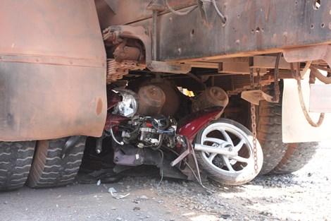 Bản tin 113 – chiều 27/2: Xe bồn gây tai nạn liên hoàn, hai người thương vong… 5