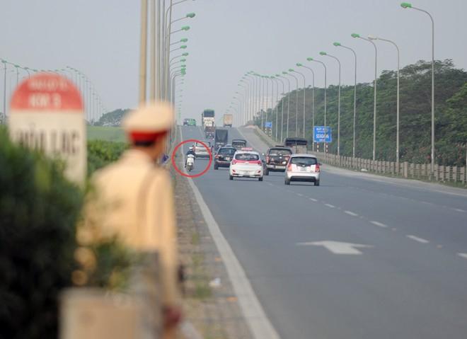 Xe máy cố tình chạy vào đường cao tốc có thể bị tịch thu? 5