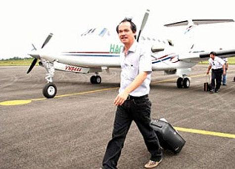 Đại gia Việt ôm trăm tỉ mua máy bay, chục tỉ mua xe siêu sang 6