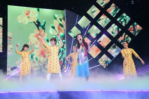 Mai Thu Huyền đọ vẻ xinh đẹp bên Á hậu thể thao Băng Châu  13
