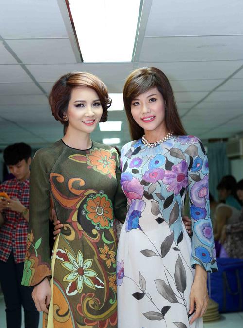 Mai Thu Huyền đọ vẻ xinh đẹp bên Á hậu thể thao Băng Châu  5
