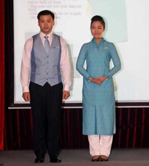NTK Minh Hạnh chia sẻ về đồng phục mới của tiếp viên Vietnam Airlines 5